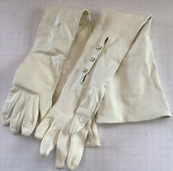 Carolina Amato White soft Leather With Pearls Opera Gloves 6 EUC $42.00