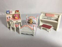 Calico critters sylvanian families Girls Bedroom Furniture With Desk amp; Piano $18.00