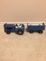 1960's Pressed Steel Tonka Toy Airlines Luggage Service Tractor amp; Trailer Set $125.00