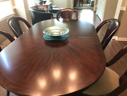 Contemporary Dining Room Table And 6 Chairs. Dark Wood. $500 $500.00