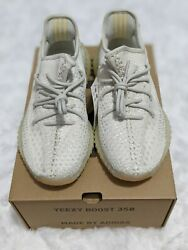 YEEZY BOOST 350 V2 LIGHT GY3438 Size 9.5 Mens In Hand $230.00