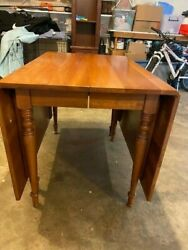 Harden Cherry Wood Dining Room Table with 3 Leaves $200.00
