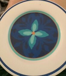 """Set Of 6. Home Plates Melamime 10.5"""" White and Blue Scalloped edge $6.00"""