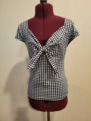 Shein Black and White Gingham Top with Tie Medium $6.00