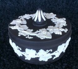 WEDGWOOD Small Spiked Knob Box Black Jasperware $35.00