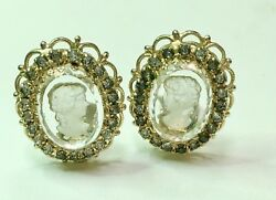STUNNING VINTAGE CAMEO GOLD TONE CLIP ON EARRINGS JEWELRY