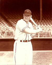 JOHNNY MIZE CLASSIC BATTING STANCE FOR NEW YORK $3.95