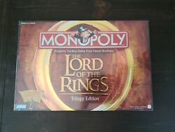 Monopoly: The Lord of the Rings Trilogy Edition (2003) - With Collectible Tokens