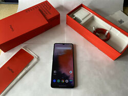 Smartphone OnePlus 7T - 128GB - AT&T in Great Shape (Unlocked)