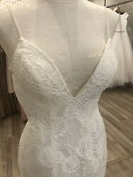 Made With Love Wedding Dress Charlie Ivory Size XS8 Lace Plunge Neck Low Back
