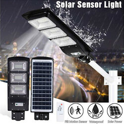 90W Solar Street Light Ultra Bright 90000LM Commercial Outdoor Road LampRemote