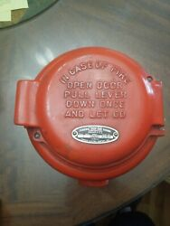 VINTAGE FEDERAL SIGN AND SIGNAL model 163800 $80.00
