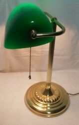 VTG Portable Bankers Desk Lamp w Green Glass Shade $18.70