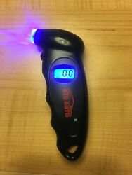CZC Auto Tire Pressure Reader PSI Indicator For Any Wheel And Tire $15.00