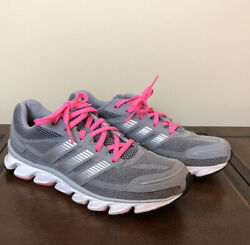Womens Adidas Shoes Size 6.5 $18.00
