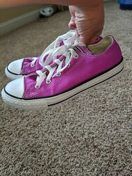 Converse All Star girls Sz. 2 purple classic lace Sneaker. Great Pair $8.99