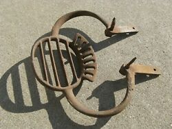 Antique Vintage Coach Wagon Carriage Cast Iron Buggy Large Step $28.50