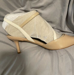 New Size 10 Womens Nude Colored Heel Only $5 To Ship $32.00