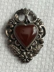 VINTAGE PENDANT HEART SHAPE STERLING SILVER UNMARKED RETRO COLLECTIBLE $32.50