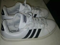 Adidas Shoes For Women size 8 shoes $25.00