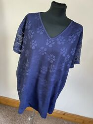 Size 20 22 blue lace top with v neck GBP 3.00