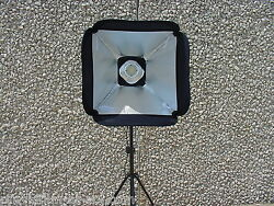 iLLUMiFLEX 9 way LED Combo 2K Jr Broad Fresnel Soft Box. 9 Lights In One WOW