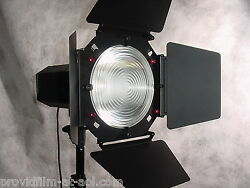 NEW 9 way LED Fresnel Combo 2K Jr. Broad Soft Box. 9 Lights In One. Kit. Buy.
