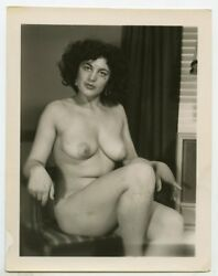 Original 1940s Photo gorgeous nude exotic pin-up girl cheesecake 4x5 x12941