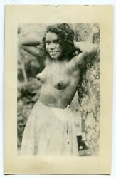 1940s Photo exotic nude beauty leaning on tree pin-up native girl x13243