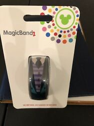 The Haunted Mansion Maid and Butler Magic Band 2 MagicBand - NEW