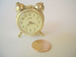 Novelty Qamp;Q Desk Top Clock 1 inch dial 1 1 2quot; Tall cool piece Looks like alarm $32.95