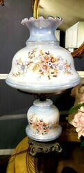 Vintage Hurricane 3 Switch Floral Lamp. BEAUTIFUL $100.00