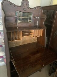 Antique Desk $84.00