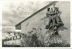 1987 Press Photo Exterior Building Sign at Dauphin County Prison pna12894