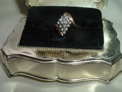 VINTAGE 14K YELLOW GOLD MAGIC GLO 16 DIAMOND CLUSTER COCKTAIL RING IN RING BOX $175.00