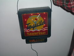 VINTAGE LARGE LIGHTS UP METAL TEQUILA SUNRISE WELCOME SIGN WORKS GREAT