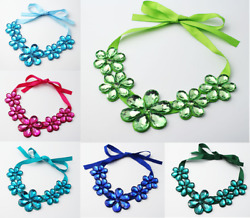 CHUNKY BLUE GREEN TURQUOISE HOT PINK FACETED ACRYLIC  CRYSTAL FLOWER NECKLACE