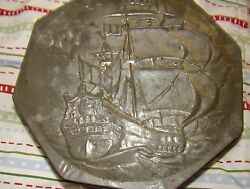 Collectible Vintage Octagon Shaped CookieCakeTin Can wmultible ship scenes