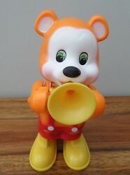 1980 VINTAGE ORANGE WIND UP PLASTIC BEAR BY HUMY ENTERPRISES 8 INCHES TALL GBP 8.99