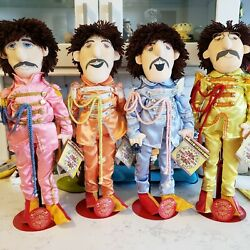 1988 The Beatles Dolls Sgt Peppers Lonely Hearts Club 4 w stands Vintage 1980's