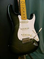 c.1993 Fender Stratocaster '54 RI Rare Foto Flame Plays Great! Made in Japan