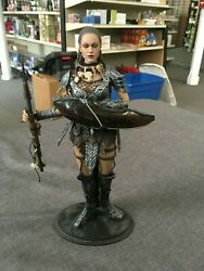 Hot Toys 16 Scale 12