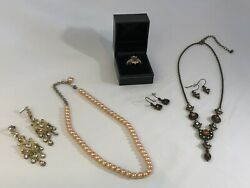 ESTATE VINTAGE FASHON JEWELRY LOT Avon Ring Earnings Necklaces STUNNING FS