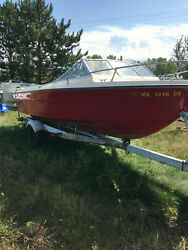 1977 Century Raven 200 closed bow vintage runabout V8 Ford Freshwater 20'