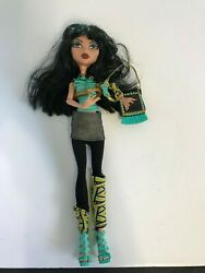 Schools Out  CLEO DE NILE Second 2nd Wave With Her Purse
