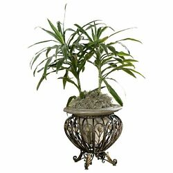Floor Planter w Basket Stand