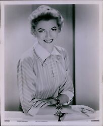LG806 1959 Original Photo BETTY FURNESS Lovely Westinghouse Commercial Actress
