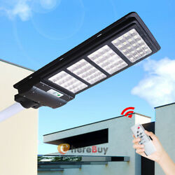 Outdoor Commercial Solar Street Light 900000LM Dusk Dawn SportlightRemotePole