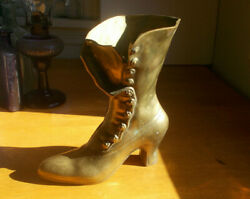 VINTAGE BRASS VICTORIAN WOMAN#x27;S BUTTON UP HIGH HEEL BOOT FLOWER VASE 9quot;TALL $38.00
