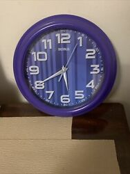BENRUS PURPLE WALL CLOCK IN GREAT WORKING CONDITION $6.50
